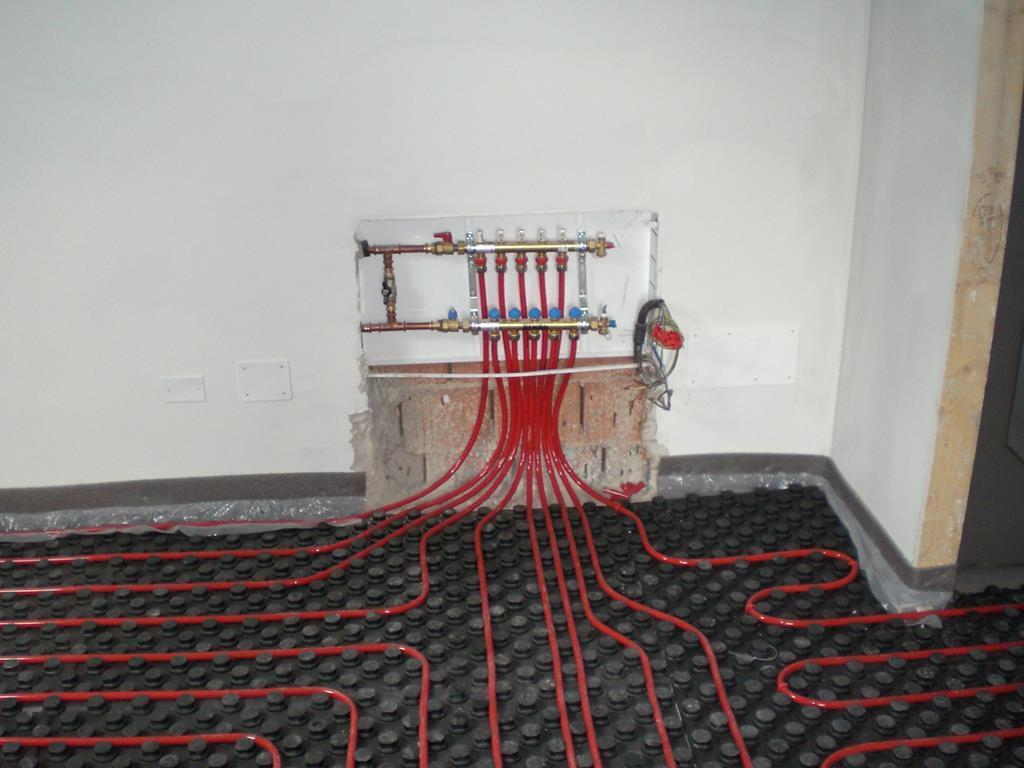 attacchi-impianto-a-pavimento