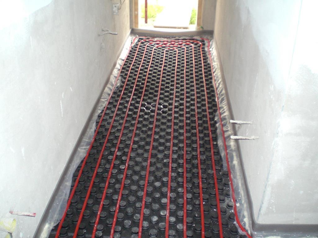 corridoio-con-impianto-a-pavimento